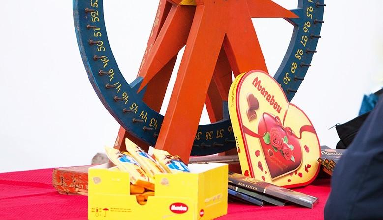 Hyr ett chockladhjul till festen eller marknaden